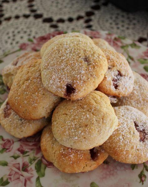 Vintage Lane - Raspberry Buns from Nana's War Cookbook - veggiemama