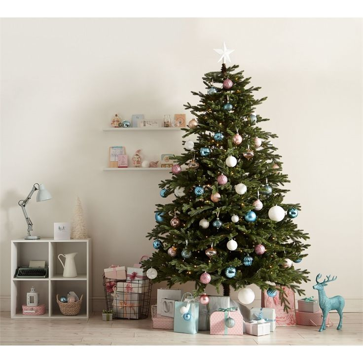 Best 25 8ft Christmas Tree Ideas On Pinterest Paper