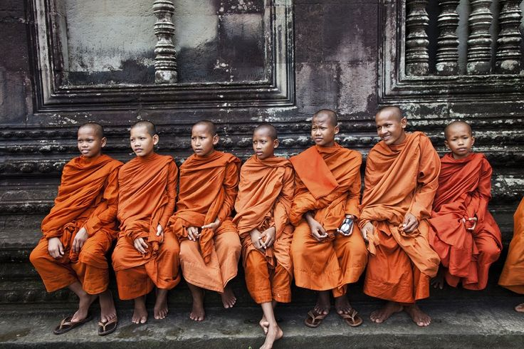 moines angkor