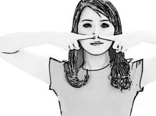 Burun Küçültme Egzersizleri - Burun şekillendirme egzersizi: Burun deliklerinin iki tarafına işaret parmaklarınızı yerleştirin. Bastırıp bırakın. Bu egzersiz bir halter egzersizi gibi çalışarak burnun sarkmasını da önler.