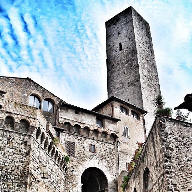 San Gimignano, Tuscany   original pic by skylon27