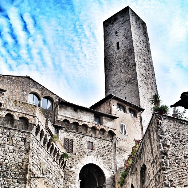 San Gimignano, Tuscany | original pic by skylon27