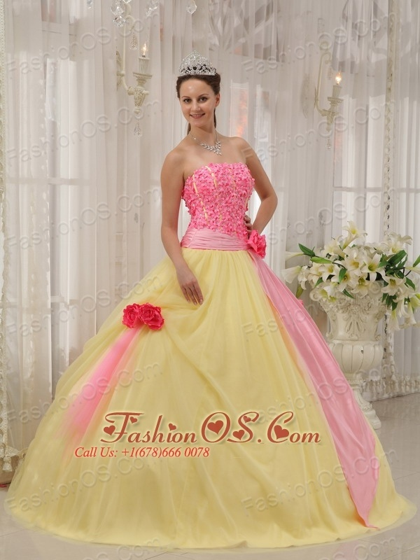 1000  images about Wedding &amp Formal Dresses on Pinterest  Green ...