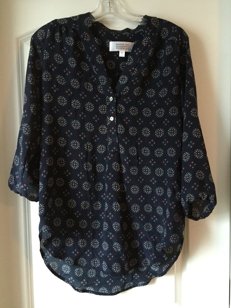 Stitch Fix December 2015 Amour Vert Alessandro Silk V-Neck Blouse. Try Stitch Fix for yourself! Use my referral link: https://www.stitchfix.com/referral/4586769