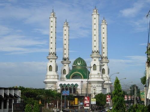Mesjid Raya Cilegon #Indonesia #Temple