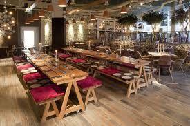 Restaurante rustico y elegante