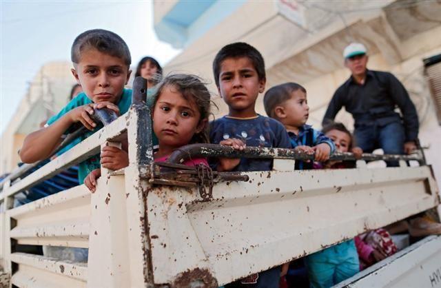 Γιατί οι Σύροι εγκαταλείπουν τη χώρα τους;