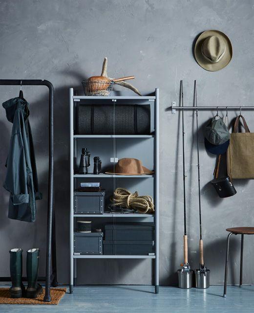 옷걸이봉과 수납장, 정리용품을 이용한 현관 수납 아이디어