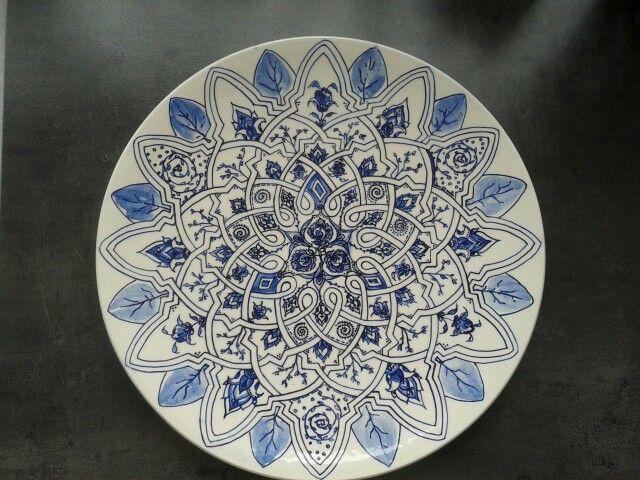 Stap 5 : geglazuurd en gebakken. Bord met Moors motief. Handgeschilderd plateel. Made by Marjan Snoep