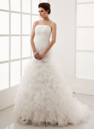 Princesový Bez ramínek Dvorní vlečka Organza Svatební šaty S Volán (002012011)