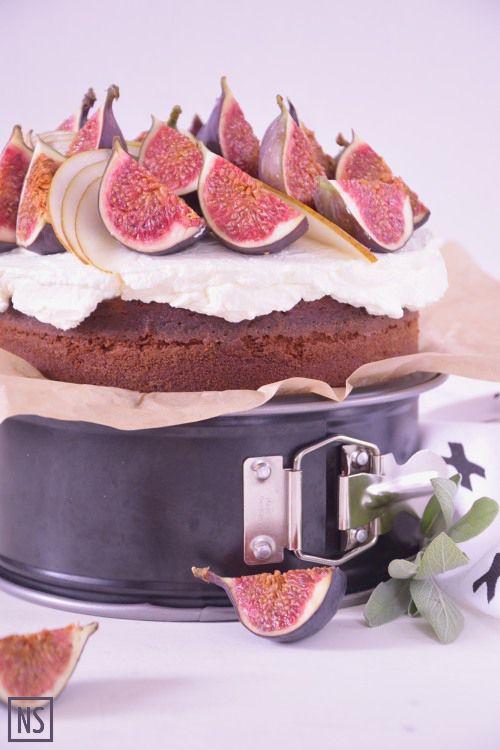 Honey cake with figs and pears | Nutka Słodyczy