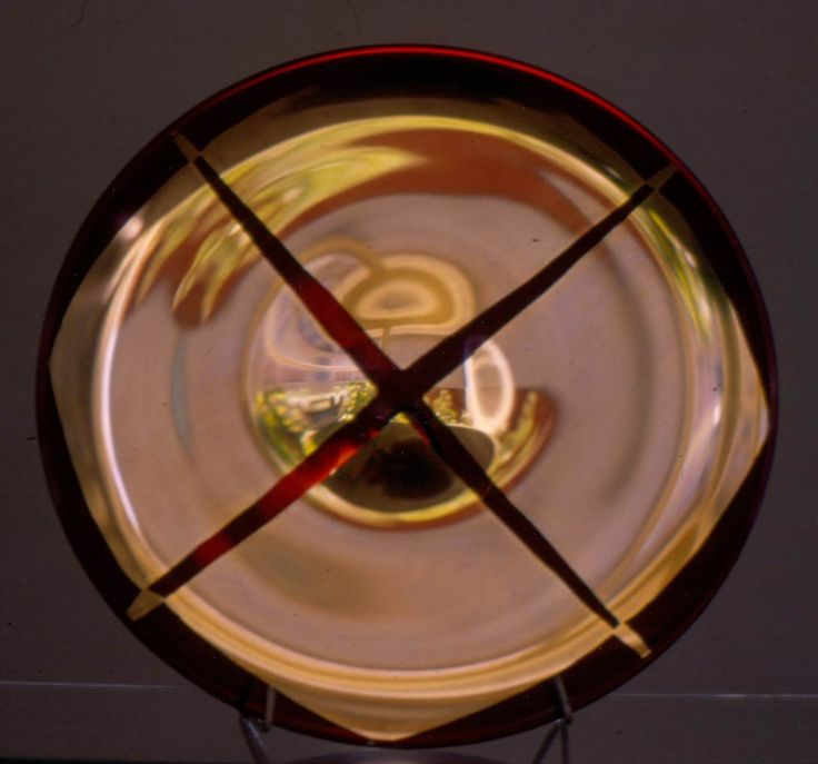 Lubomir Blecha, glass disk produced for XI. Triennale Milano, red smoked glass decored by gold, 1957, D: 30,5 cm, executed by Bohumil Blecha glass rafinery in Kamenicky Senov (Steinschoenau), UMPRUM Prague, Czechoslovakia