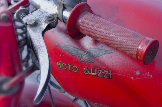 Takkk Moto Guzzi 1955 kormany című képe az Indafotón.