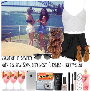Vacation in Sydney with Els and Soph (my best friends) - Harry's girl
