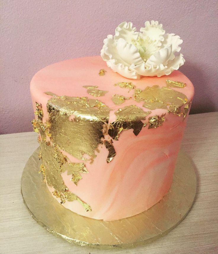 Sucré New Orleans Pink Marbled Fondant with Gold Leaf Cake