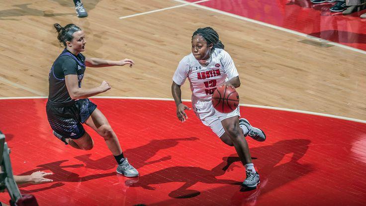 APSU Women's Basketball defeats Kentucky Wesleyan 80-47