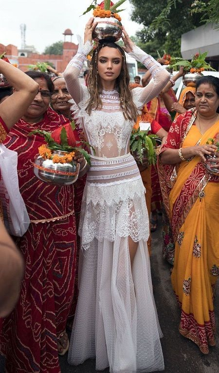 20 Unique Ideas about Nontraditional Wedding Dress – Amazing Indian style weddin…