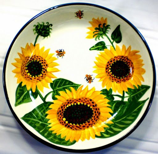 Sunflower pasta bowl, an old pattern painted by artist Geoff Graham at Cinnabar Ceramics, Vallejo, CA (Formerly Ukiah, CA)