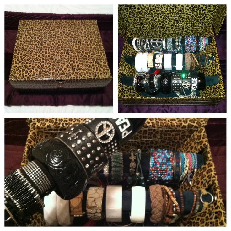 Do It Yourself Jewelry: DIY Bracelet Jewelry Box: 1. Shoe Box 2. Duct Tape (I Used