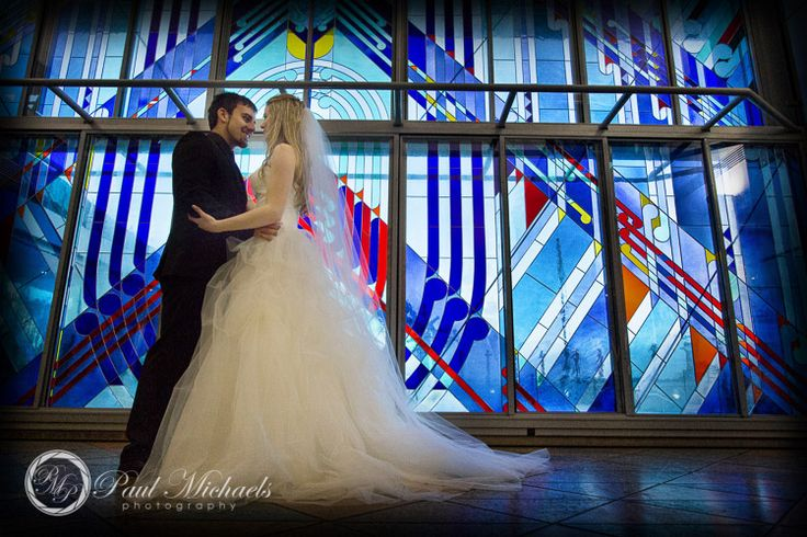 Wedding photos at colourful window in Te Papa