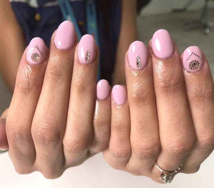 ✨Beauty Alert! ✨ Acrylico con Shellac & Diseño �������� Ready para el fin de semana ����☀ Para citas: ��787-466-2199 Lunes - Viernes 7am - 7pm Sábados 10am - 7pm Aceptamos walk-ins, te esperamos! �� ��Estamos cerquita del Capri de Matadero, en la Ave Roosevelt - Plazoleta Julio Garriga  #kidsfriendly #blower #makeup #hair #beauty #sanjuan #hairstylist #contour #lipstick #glam #shellac #manicura #pedicura #nails #fabulous #OPI #pink #cocacola #teamstelasalonpr…