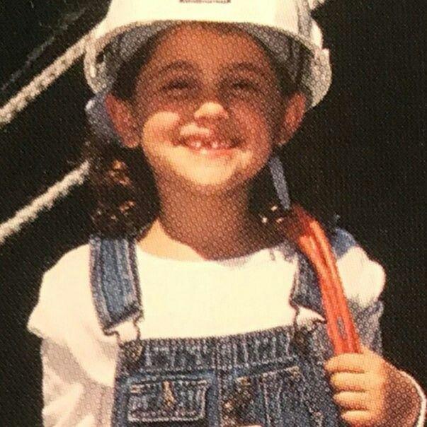 Ariana Grande when she was little!! She's so cute!