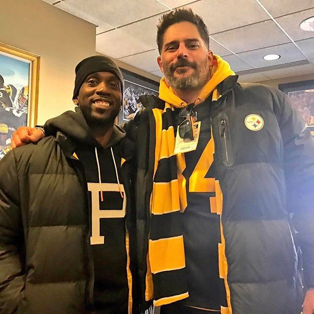 #Repost @teresavarley ・・・ These two love @steelers football. Andrew McCutchen and @joemanganiello #steelers #pittsburgh #nfl #football #playoffs #herewego #postseason