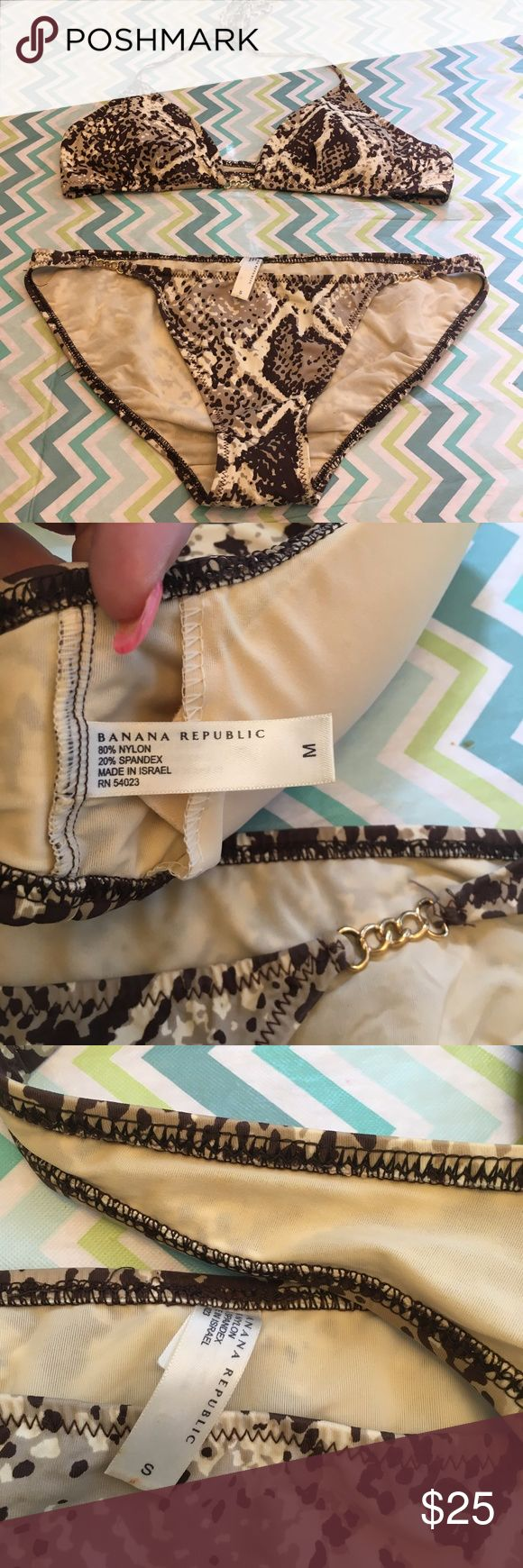 Size M/S Banana Republic Bikini Chic and svelte banana republic bikini set, size medium top and small bottoms, brown and cream snakeskin print with gold chain accents, excellent condition and gently used. Banana Republic Swim