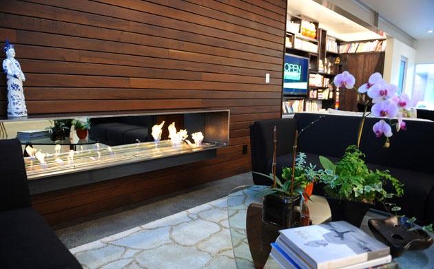 Lisa Ling's new Santa Monica house | Sitting area, Modern