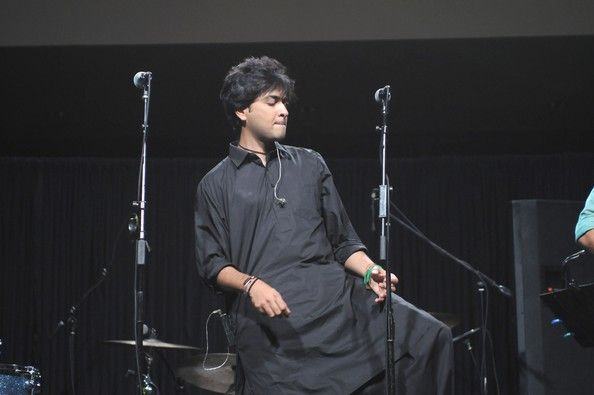 shahzad roy in bollywood  The depth of Shehzad Roy's voice is irreplaceable. He joined the Bollywood bangdwagon with a song Bullshit for Akshay Kumar's latest movie Khatta Meetha