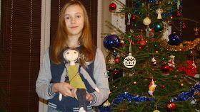 Ręcznie robione lalki i torebki.