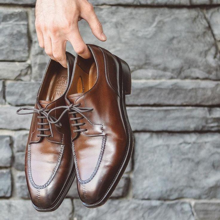 @edwardgreen1890 Dover #burzanhands enough said  . . . #edwardgreen #dailylast #goodyearwelt #rakish #rakishgent #classicmenswear #stylishmen #menstailoring #stylishgent #madetobeworn #styleforum #mensshoes #mnswr #shoeshine #shineyourshoes #shoegazing #ptoman #shoegazingblog #shoesoftheday #shoestagram #mensweardaily #menswearblog #shoecare #sprezzatura #sartorial