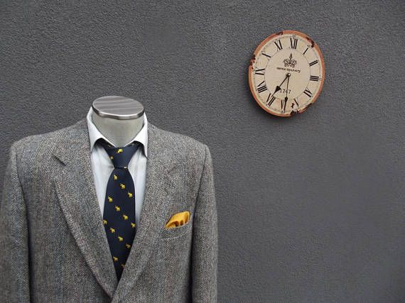 1980s Vintage HARRIS TWEED Herringbone Suit Jacket / Tweed