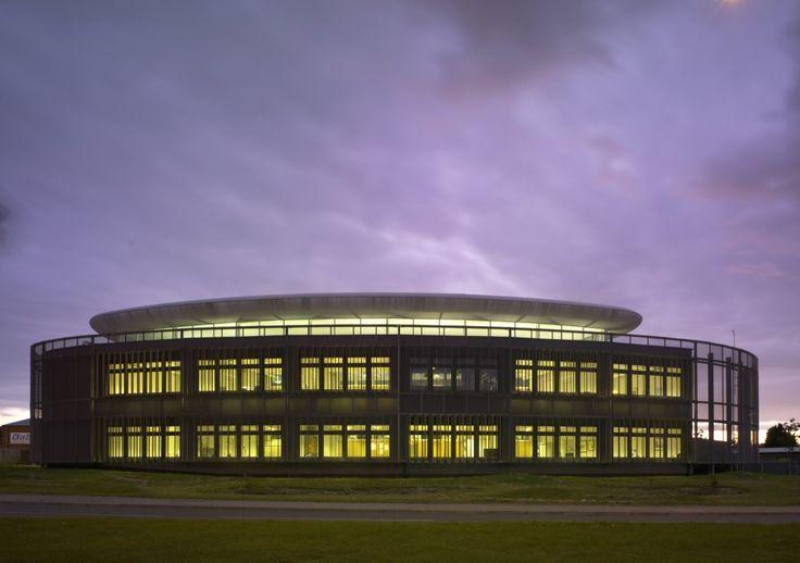 Springboard Business Centre / McDowell + Benedetti