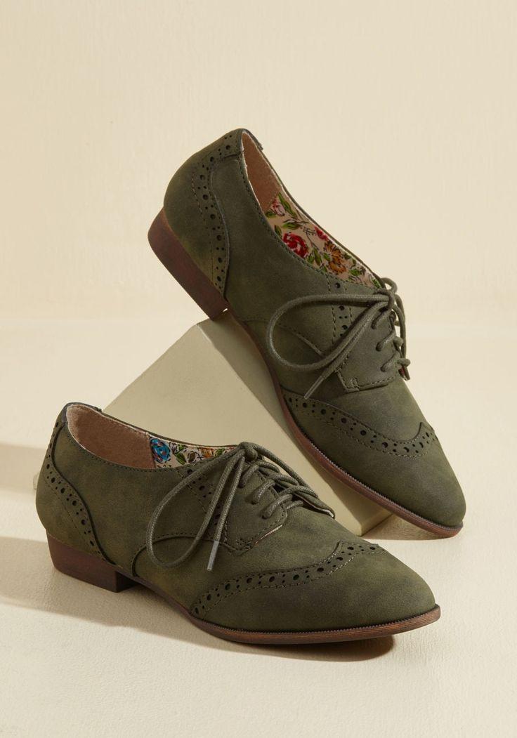 Walking on Wingtip-Toes Oxford Flat | Mod Retro Vintage Flats | ModCloth.com