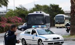 Ολυμπιακός-Παναθηναϊκός Superfoods: Στο ΣΕΦ οι πράσινοι (vids)   Δείτε στα βίντεο του Leoforos.gr την άφιξη του Παναθηναϊκού Superfoods στο ΣΕΦ για τον τρίτο τελικό της σειράς με τον  from ΤΕΛΕΥΤΑΙΑ ΝΕΑ - Leoforos.gr http://ift.tt/2rGtLeO ΤΕΛΕΥΤΑΙΑ ΝΕΑ - Leoforos.gr