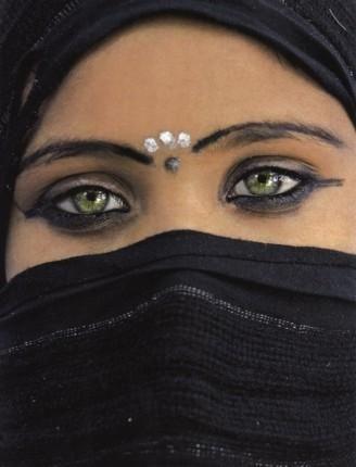 Beautiful green #eyes                                                                                                                                                                                 Plus