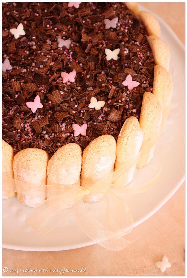 charlotte au chocolat, agar agar, anniversaire, crème bavaroise, mousse bavaroise, fleur d'oranger, jaune d'oeuf