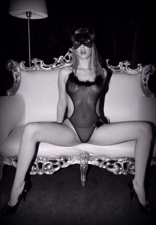 Erotic rear