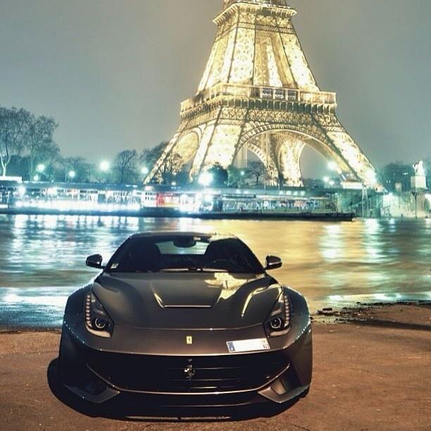 Mercedes Eiffel Tower : Oh la ferrari f with a beautiful eiffel tower
