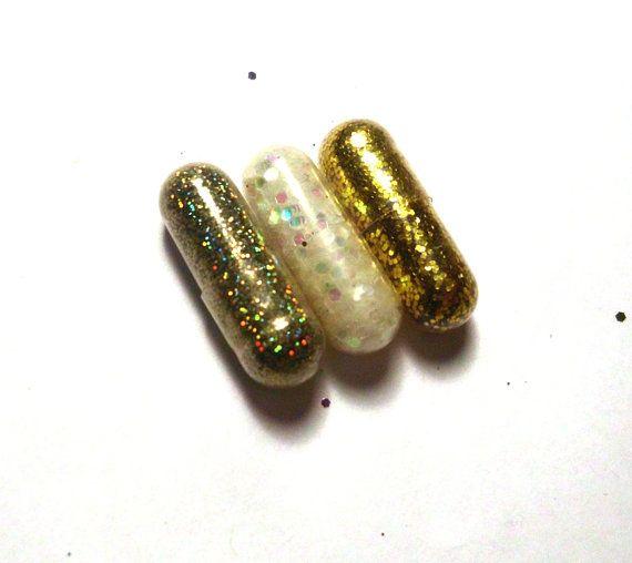 Pilules de paillettes, Glitter pilule, or, blanc, argent, 3 pilules, nouvel an partie Favor, cadeau Unique, cadeau drôle, cadeau Gag, Party Favor