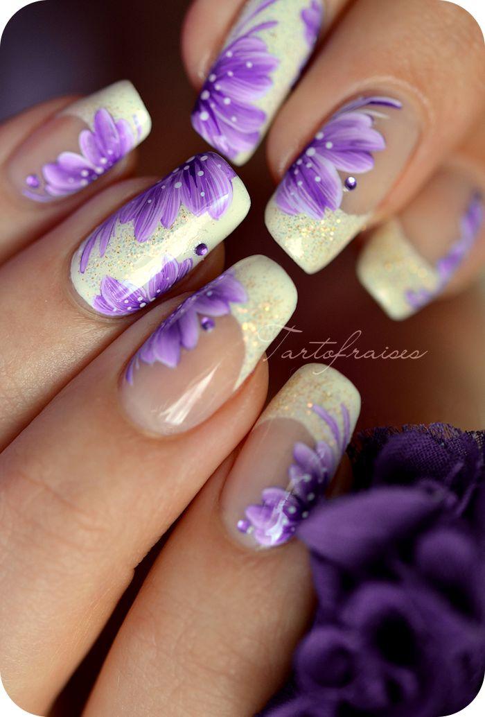 nail art zhostovo fleur