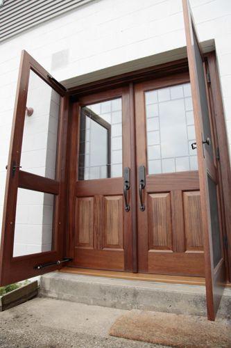Elegant Screen Door for Double Door Entry