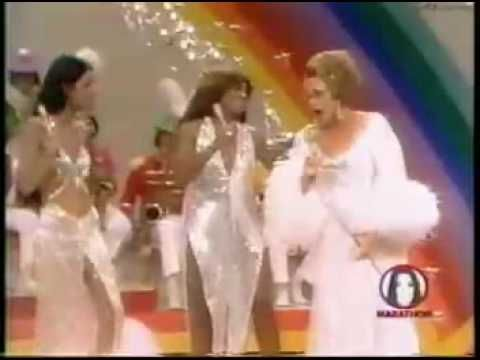 Cher, Tina Turner, and KATE SMITH  THIS ACTUALLY HAPPENED GREAT  DOING BEATLES TUNES