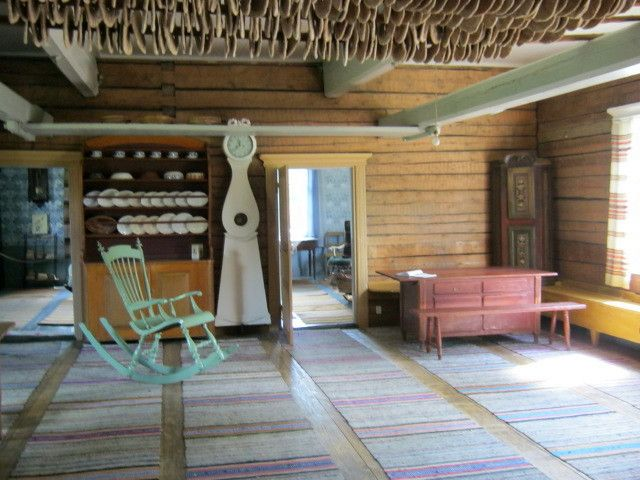 Yli-Lauronen Farmhouse Museum. Traditional interior. Notice the rye bread drying and stored up in the ceiling. Finland  