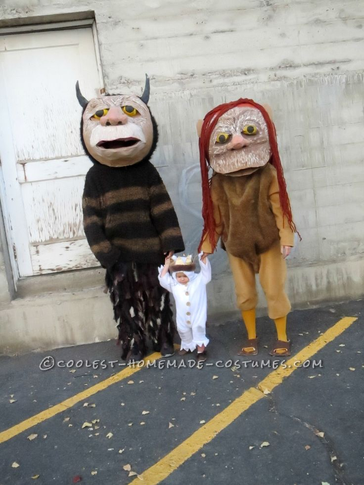 Where the Wild Things Are Family Costume: Let the Wild Rumpus Start!... This website is the Pinterest of costumes