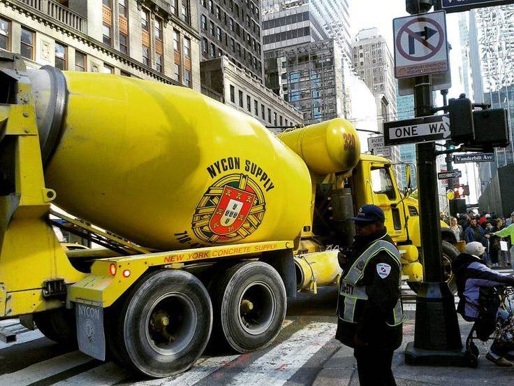 I spy with my little eye... a #Portugal flag on a cement truck in New York City??