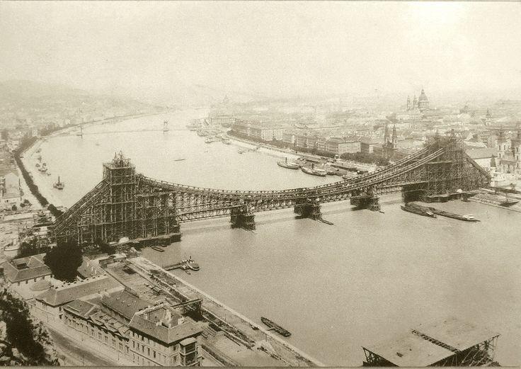 1902, Budapest. Postcard The building of the old Elisabeth Bridge (Erzsébet-híd), postcard. By Erdélyi Mór