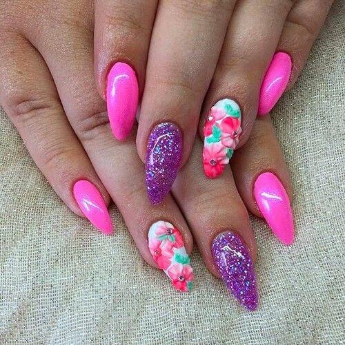 Floral design nails