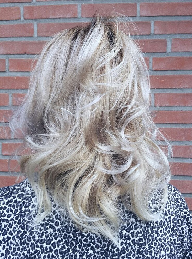 Ashblonde haircolor made by @trulyjessy -salon du trezo